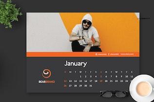 Thumbnail for 2020 Fashion Calendar Desk Pro