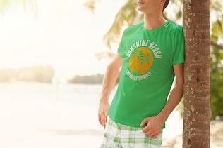 Sommer T-shirt Mock-up Männliche Version