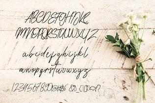 Kalisouth Signature Font