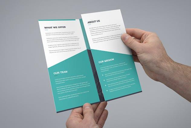 Brochure – Corporate Tri-Fold