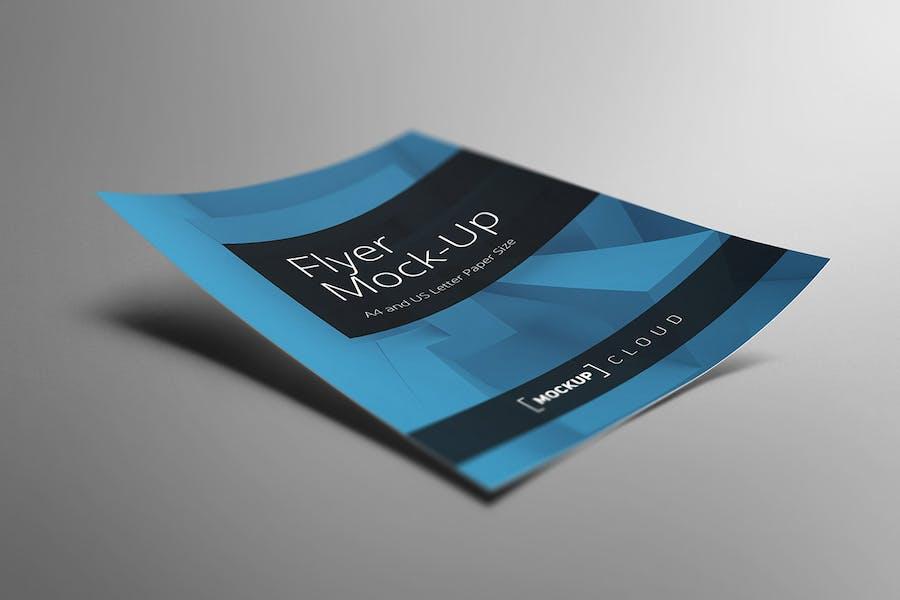 Preview image 4 for Flyer Mockup Set