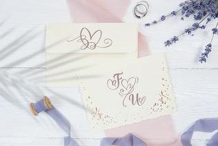 Miniatura para Boda Heart Monogram Font