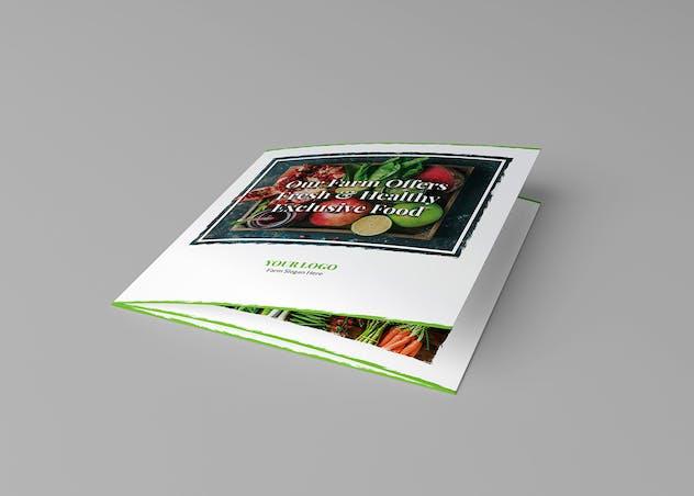 Brochure – Organic Food Tri-Fold Square